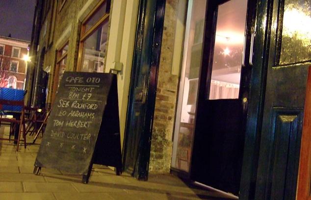 London Cafe oto