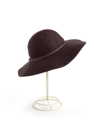 Lord and Taylor Hat