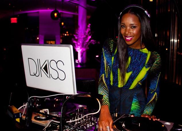 DJ Kiss Deejaying pic