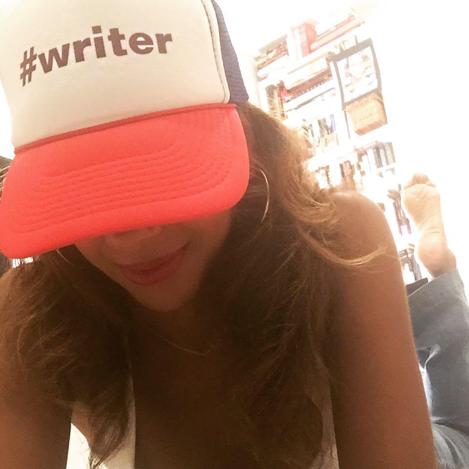 Tia Williams Writer Pic